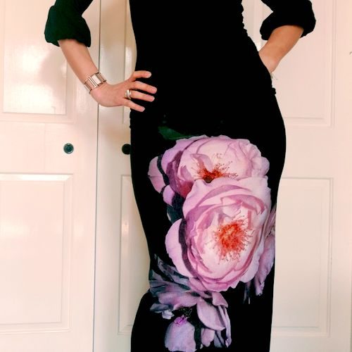 Katya Essery_Make a Stretchy Fitted Skirt on an Overlocker