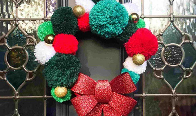 Kate Khullar: Pom Pom Christmas Wreath
